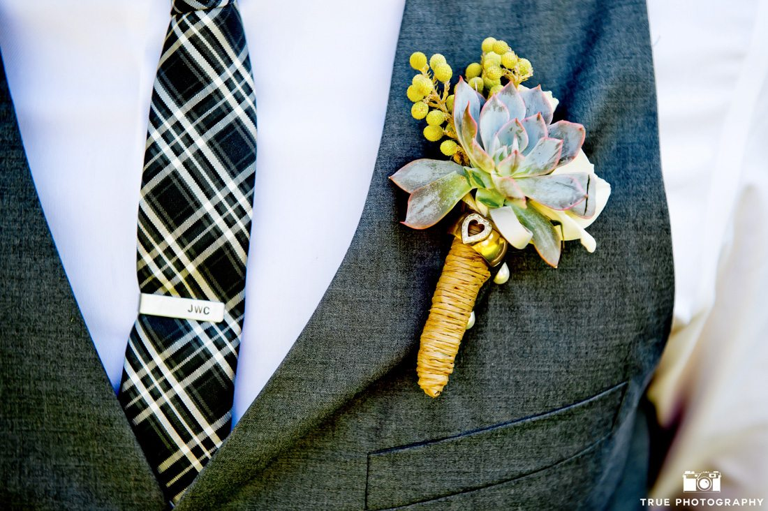 Groom style detail photo
