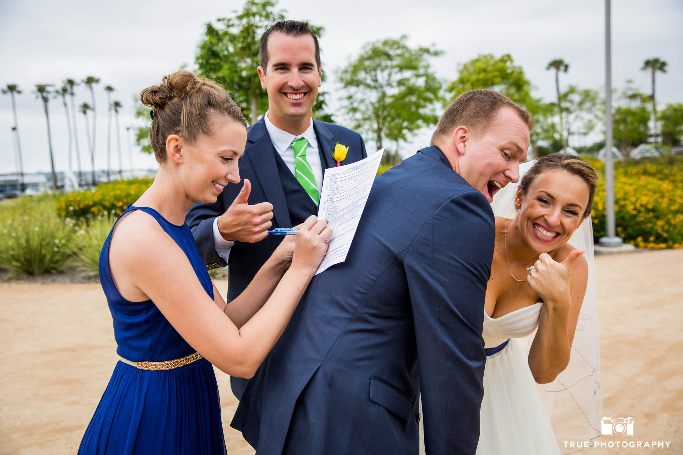 Funny signing of the wedding license