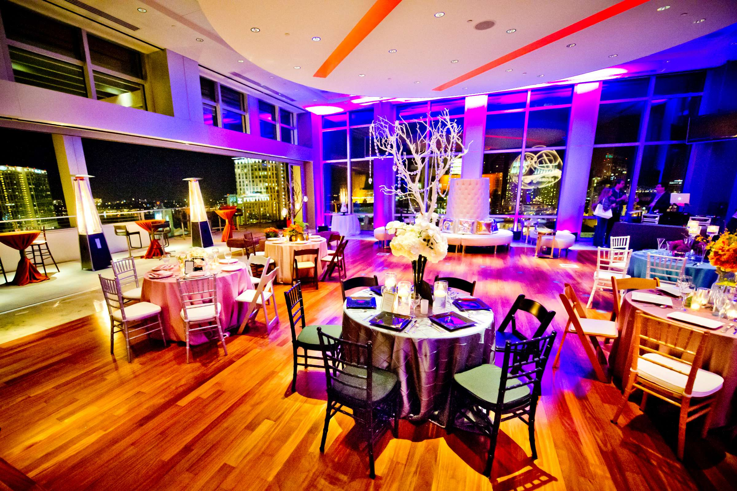 Ultimate Skybox Wedding coordinated by Creative Affairs Inc, Open House Wedding Photo #52 by True Photography