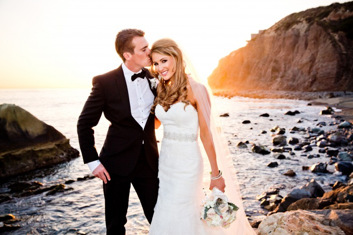Sage weinglass wedding