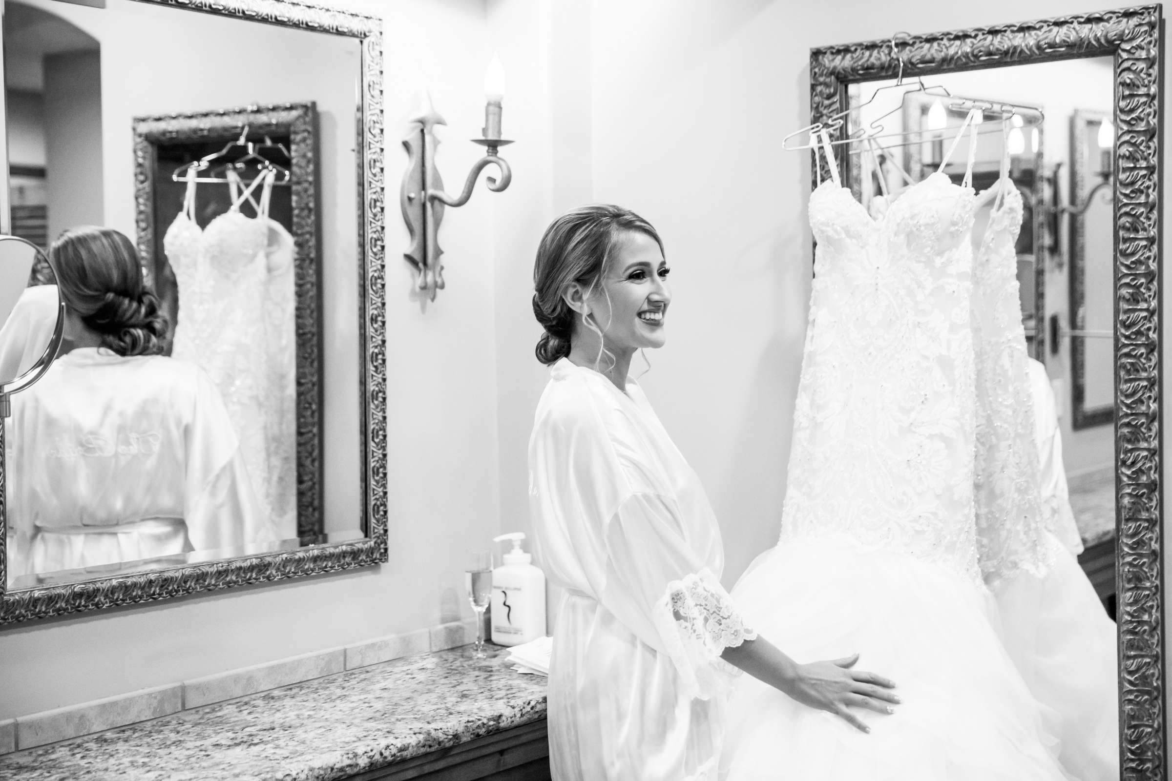 Fairbanks Ranch Country Club Wedding coordinated by Monarch Weddings, Gabriella and Kyle Wedding Photo #29 by True Photography