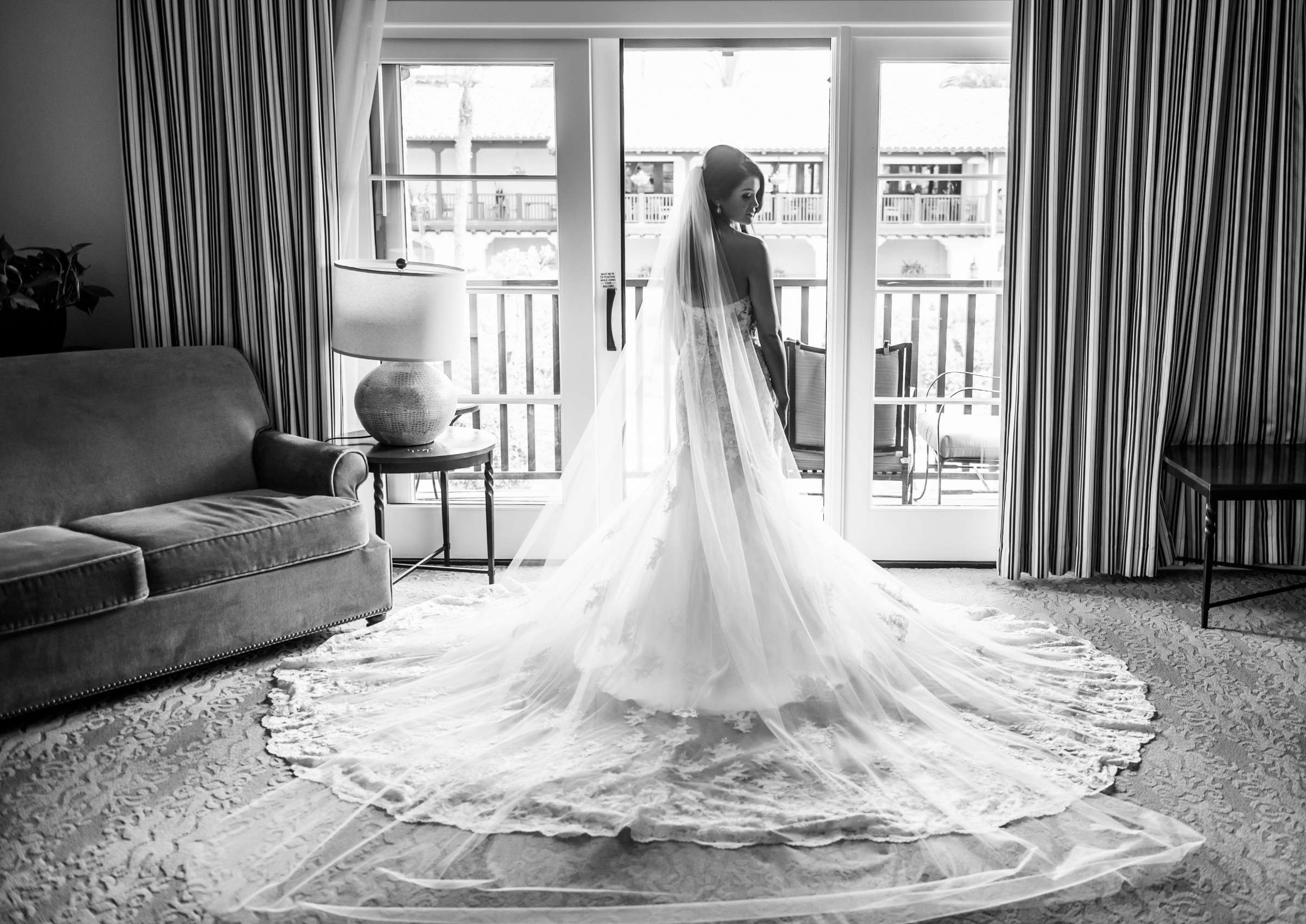 Scripps Seaside Forum Wedding coordinated by Lavish Weddings, Cindy and Justin Wedding Photo #381762 by True Photography