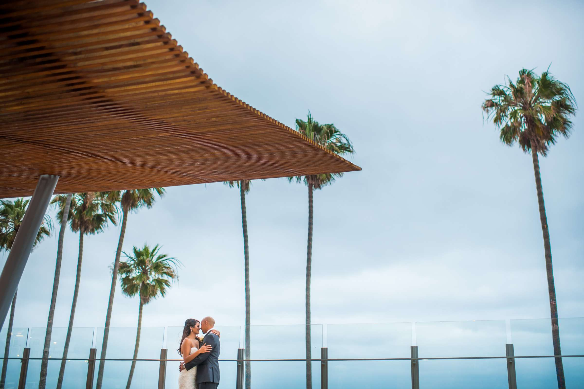 Scripps Seaside Forum Wedding coordinated by Lavish Weddings, Cindy and Justin Wedding Photo #381767 by True Photography