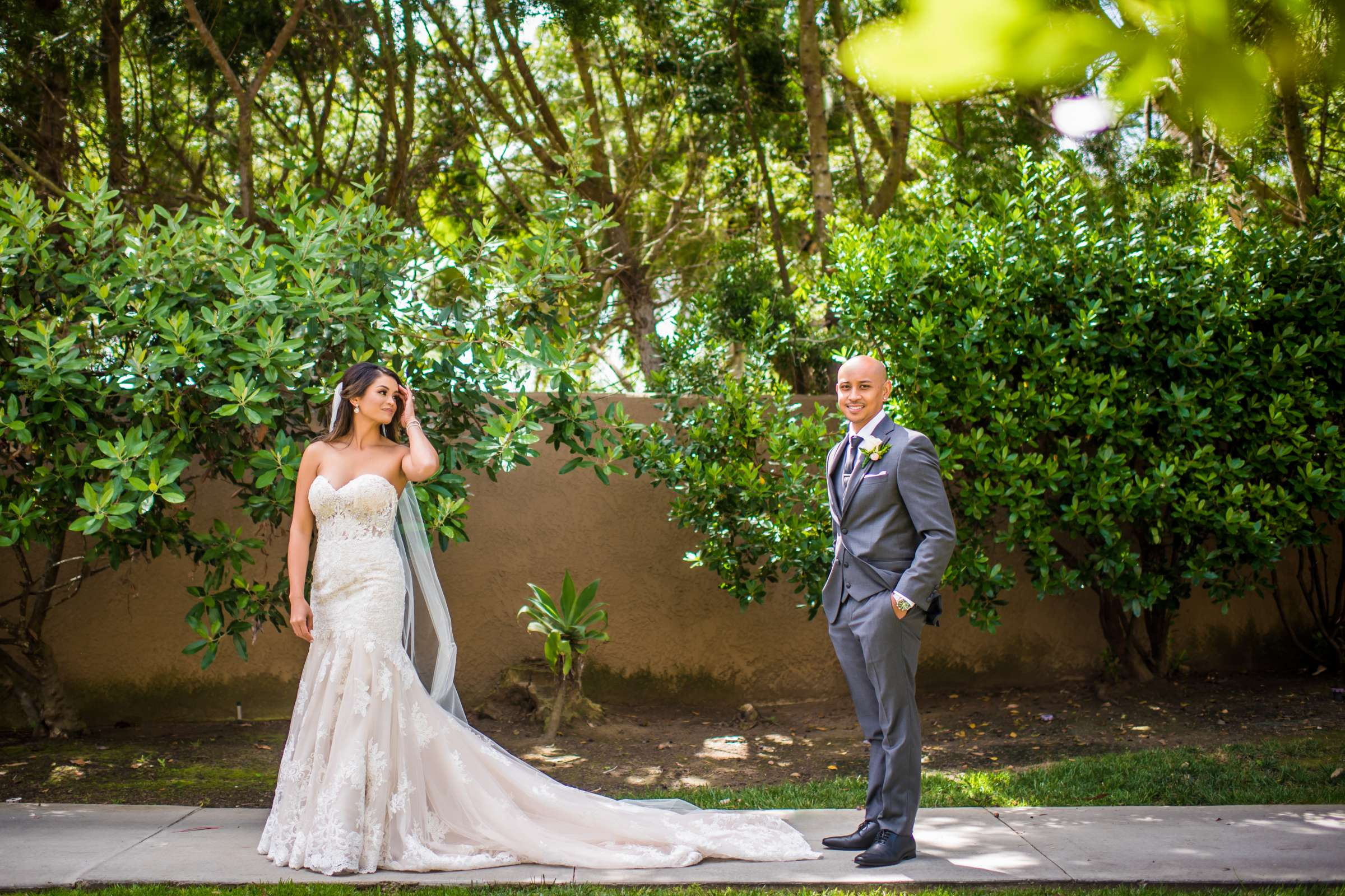 Scripps Seaside Forum Wedding coordinated by Lavish Weddings, Cindy and Justin Wedding Photo #381773 by True Photography