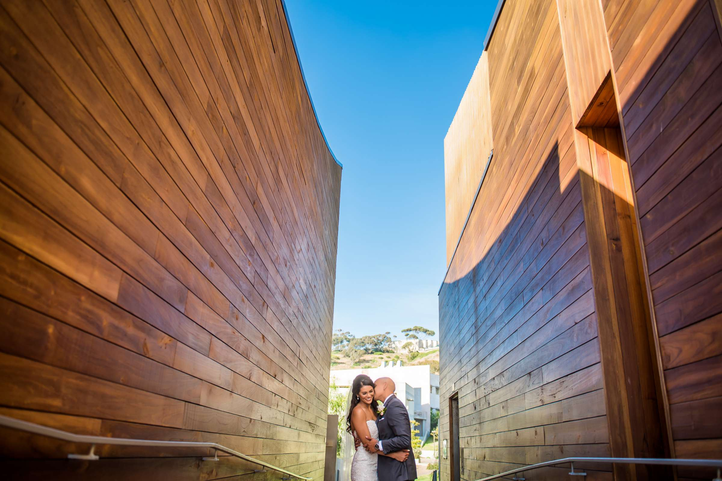 Scripps Seaside Forum Wedding coordinated by Lavish Weddings, Cindy and Justin Wedding Photo #381774 by True Photography