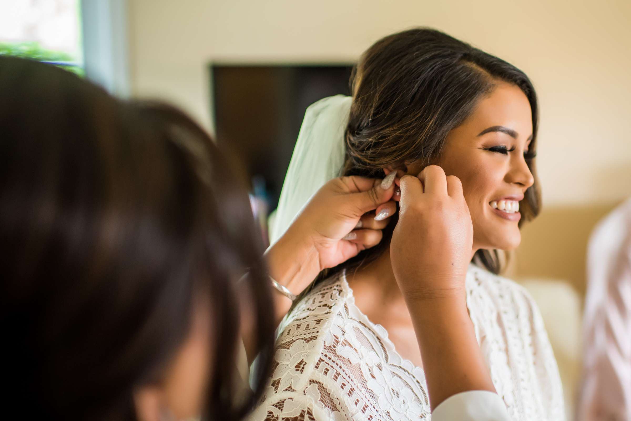 Scripps Seaside Forum Wedding coordinated by Lavish Weddings, Cindy and Justin Wedding Photo #381787 by True Photography
