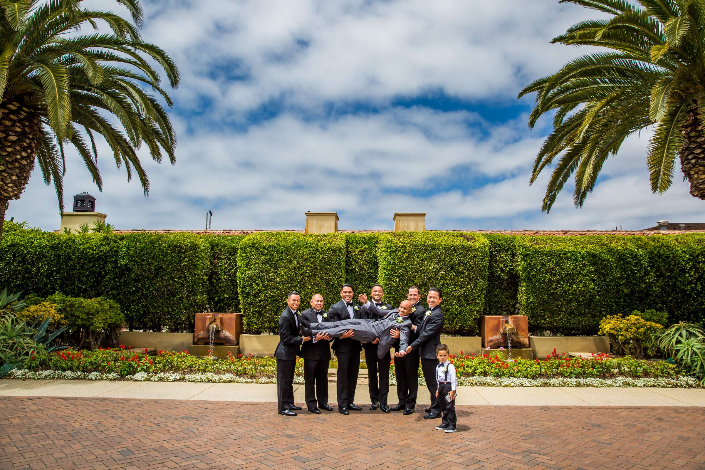 Scripps Seaside Forum Wedding coordinated by Lavish Weddings, Cindy and Justin Wedding Photo #381795 by True Photography