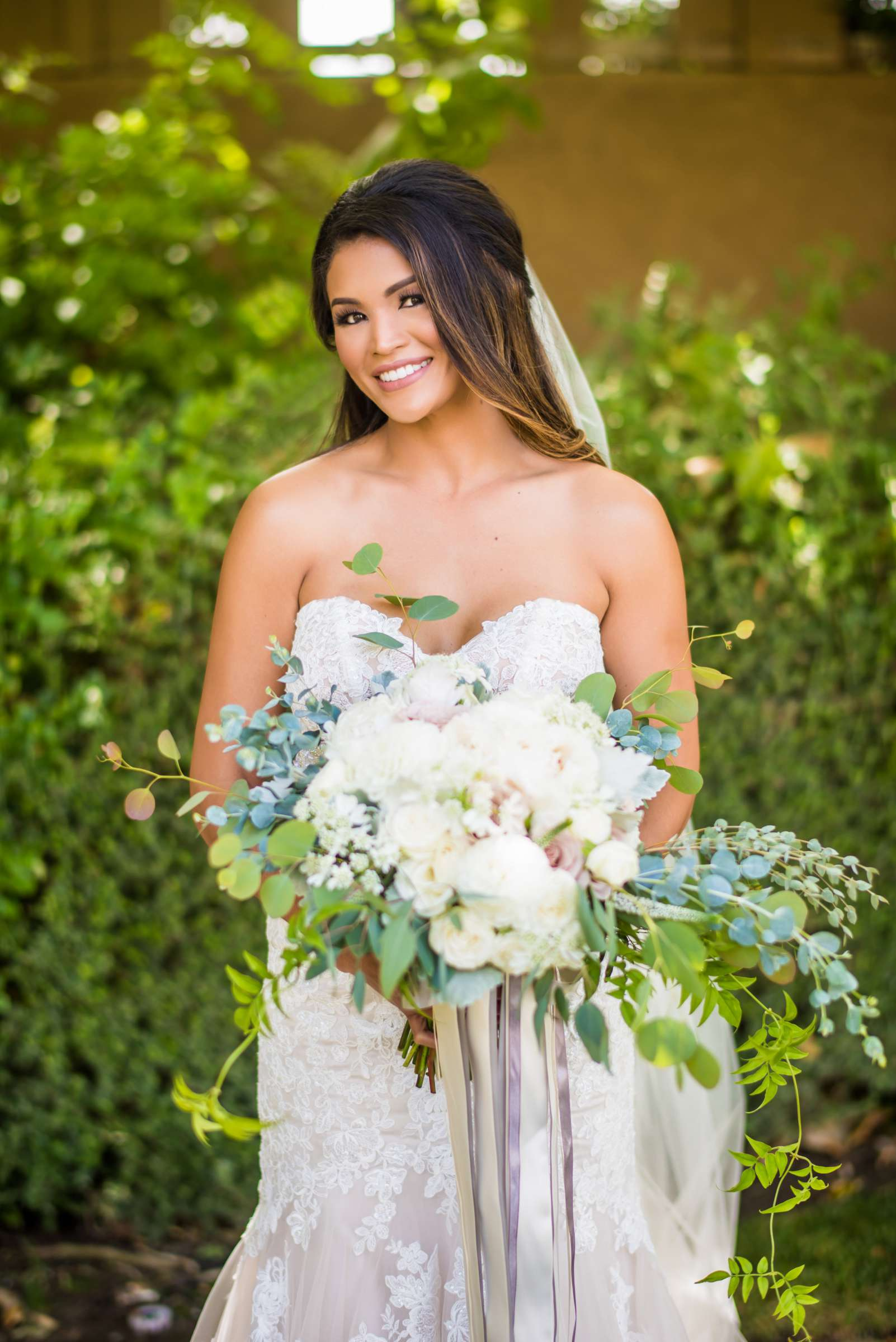Scripps Seaside Forum Wedding coordinated by Lavish Weddings, Cindy and Justin Wedding Photo #381807 by True Photography