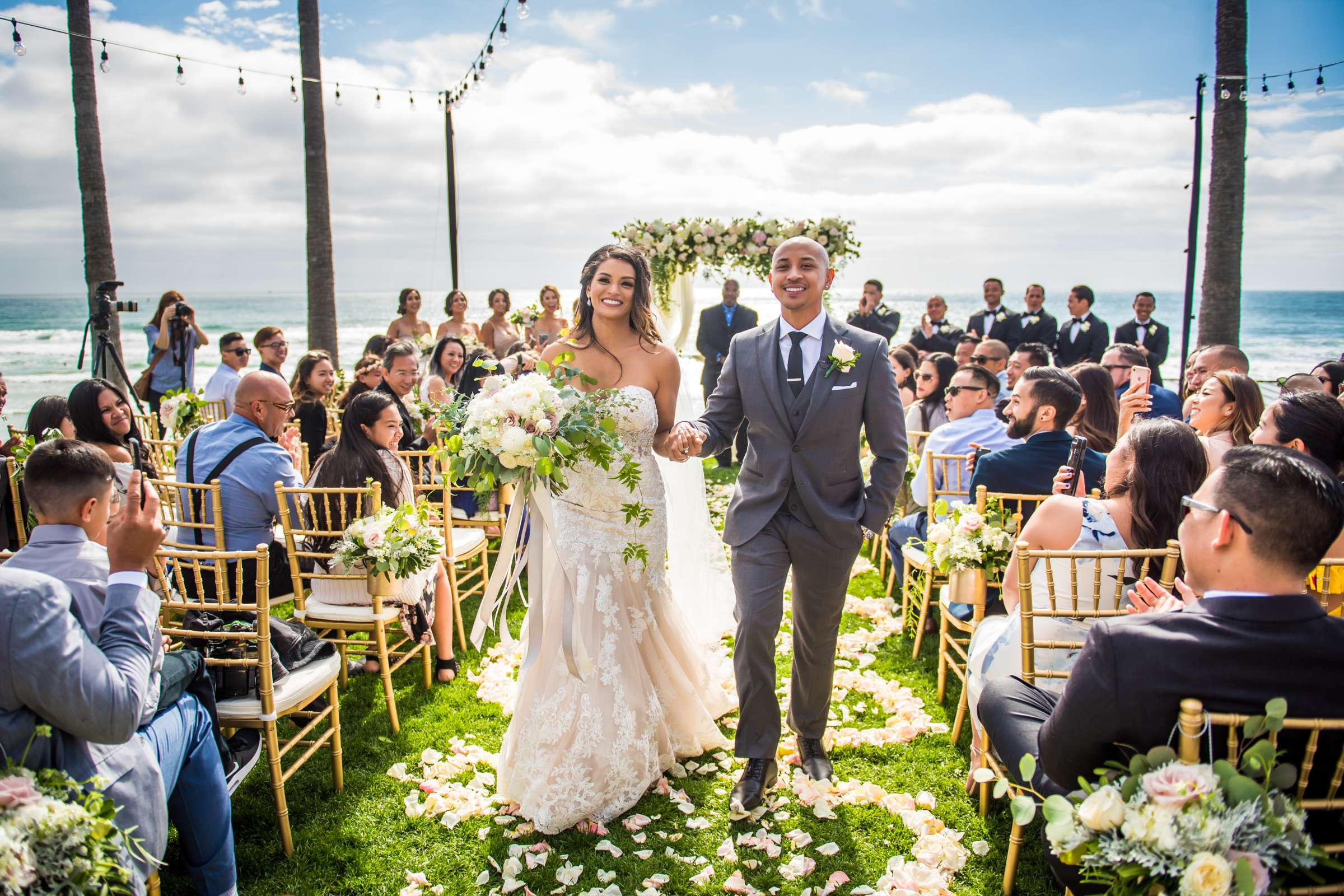 Scripps Seaside Forum Wedding coordinated by Lavish Weddings, Cindy and Justin Wedding Photo #381837 by True Photography