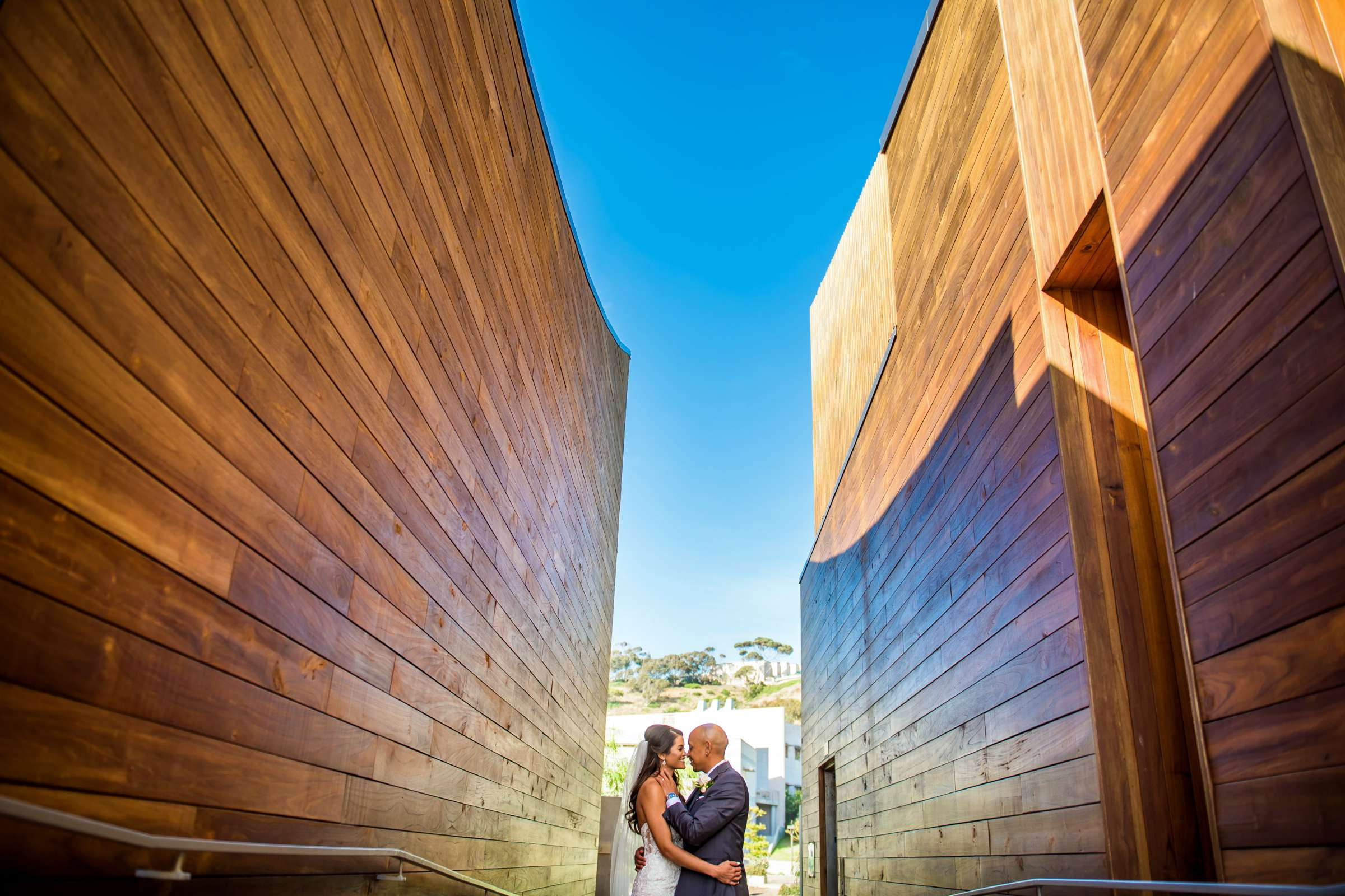 Scripps Seaside Forum Wedding coordinated by Lavish Weddings, Cindy and Justin Wedding Photo #381844 by True Photography