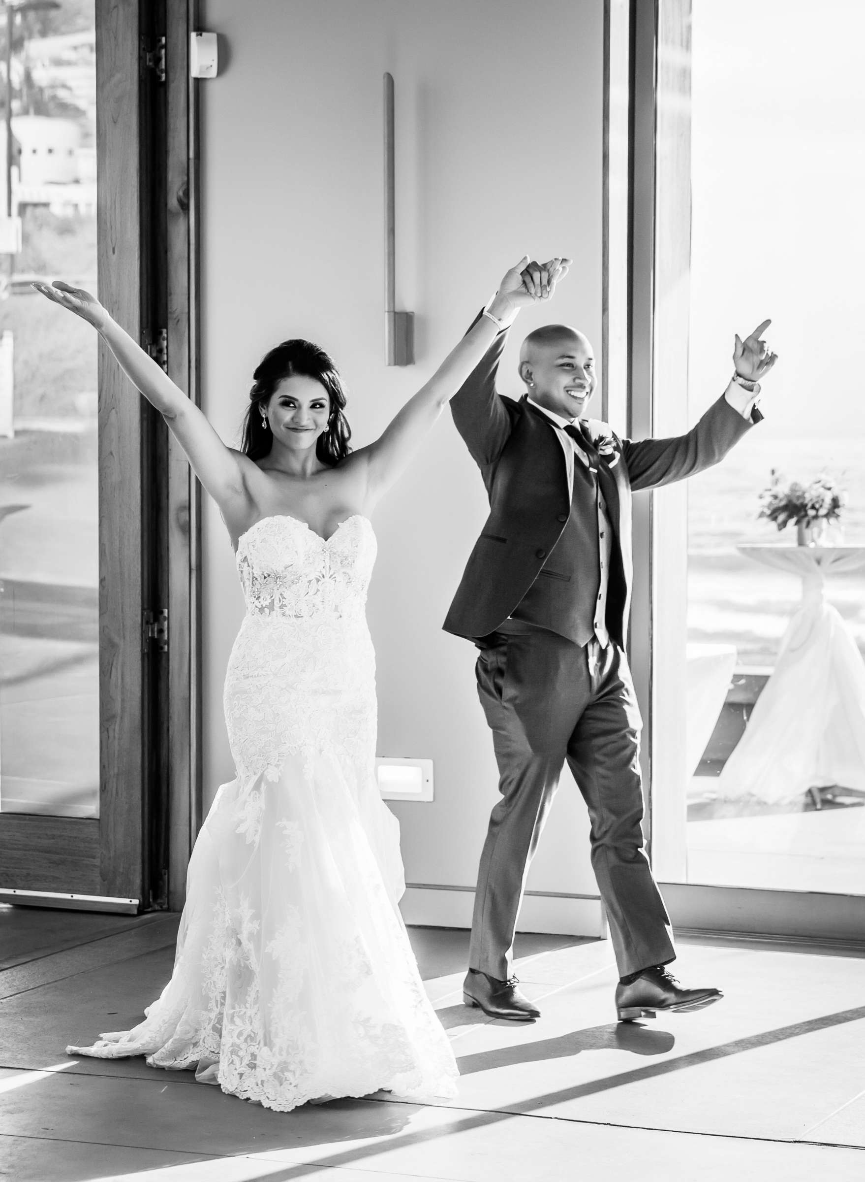 Scripps Seaside Forum Wedding coordinated by Lavish Weddings, Cindy and Justin Wedding Photo #381850 by True Photography