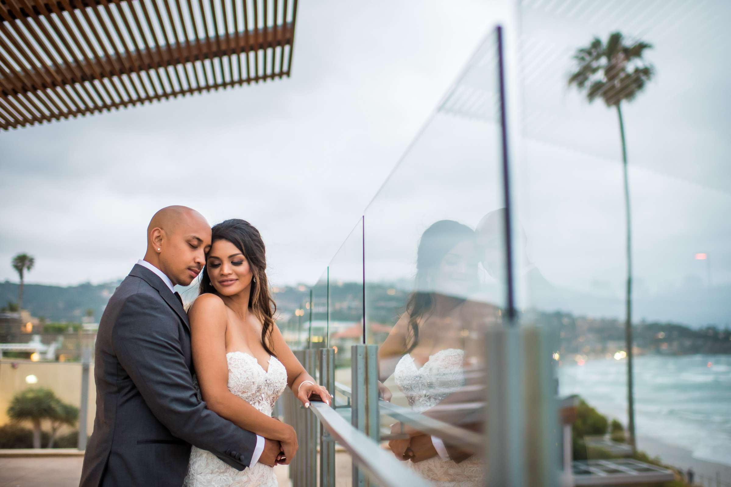 Scripps Seaside Forum Wedding coordinated by Lavish Weddings, Cindy and Justin Wedding Photo #381875 by True Photography