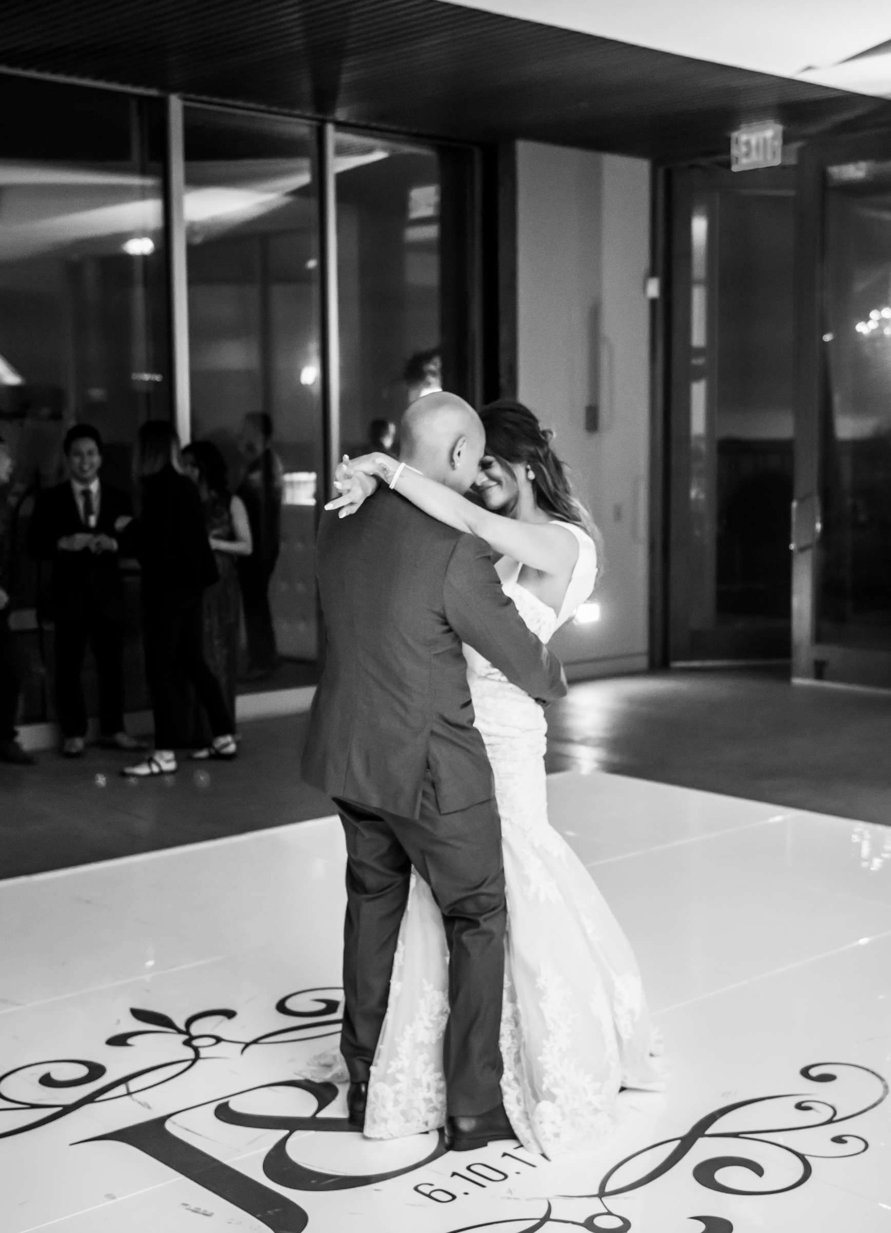 Scripps Seaside Forum Wedding coordinated by Lavish Weddings, Cindy and Justin Wedding Photo #381876 by True Photography