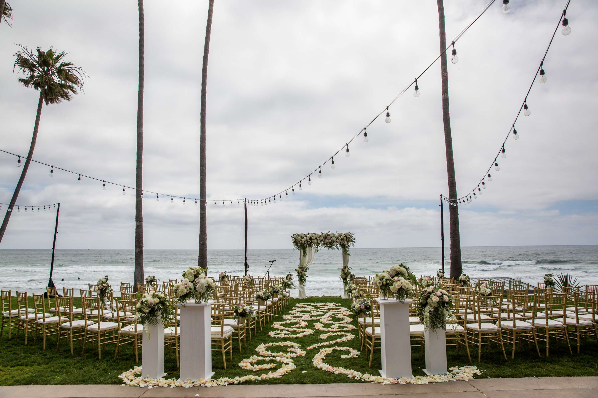 Scripps Seaside Forum Wedding coordinated by Lavish Weddings, Cindy and Justin Wedding Photo #381911 by True Photography