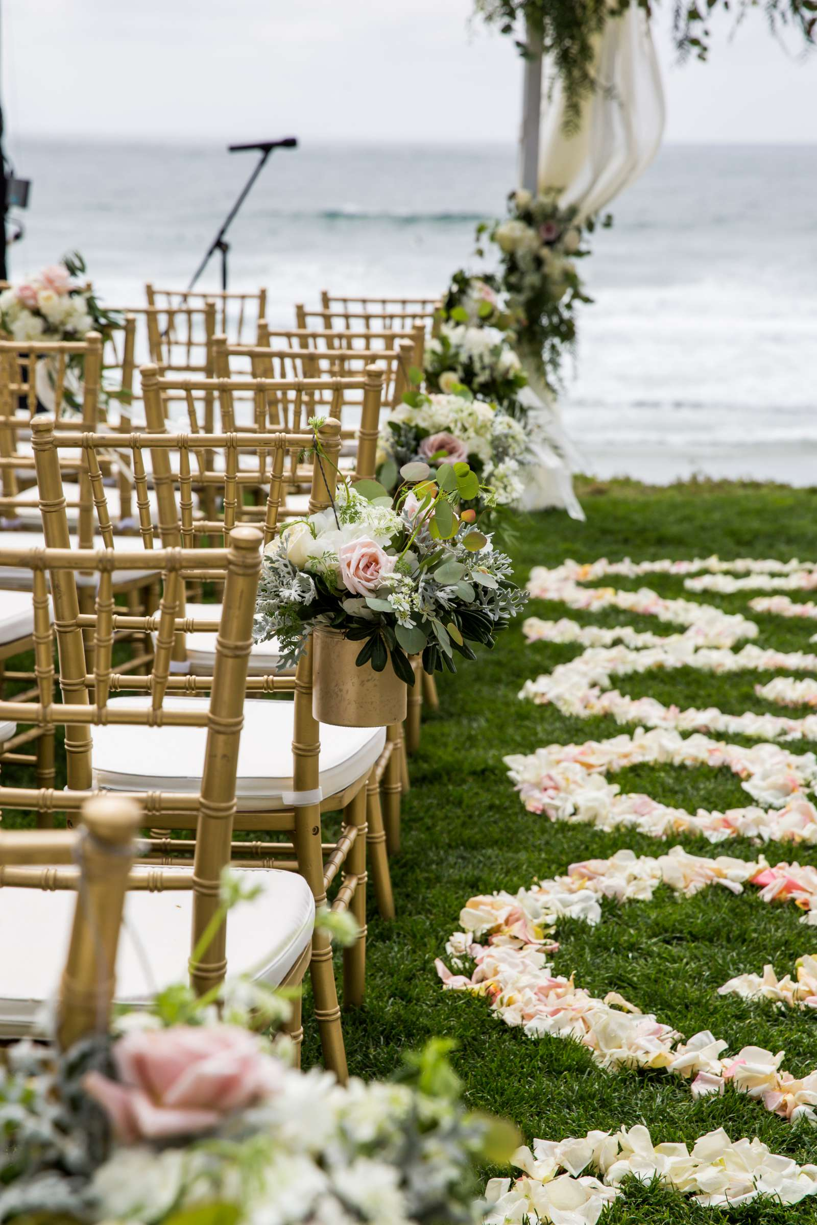 Scripps Seaside Forum Wedding coordinated by Lavish Weddings, Cindy and Justin Wedding Photo #381918 by True Photography
