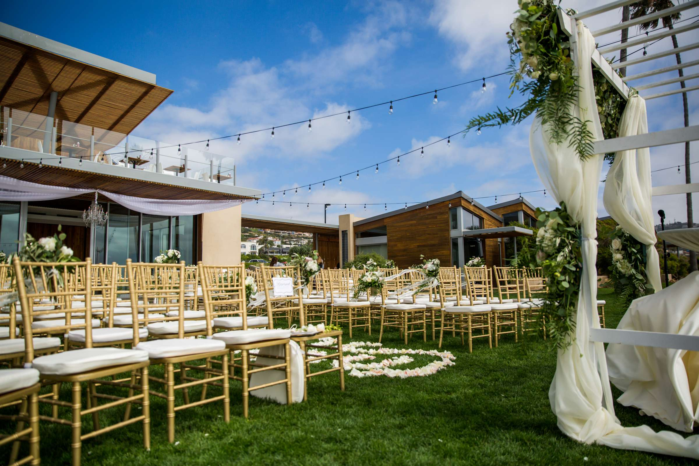 Scripps Seaside Forum Wedding coordinated by Lavish Weddings, Cindy and Justin Wedding Photo #381932 by True Photography
