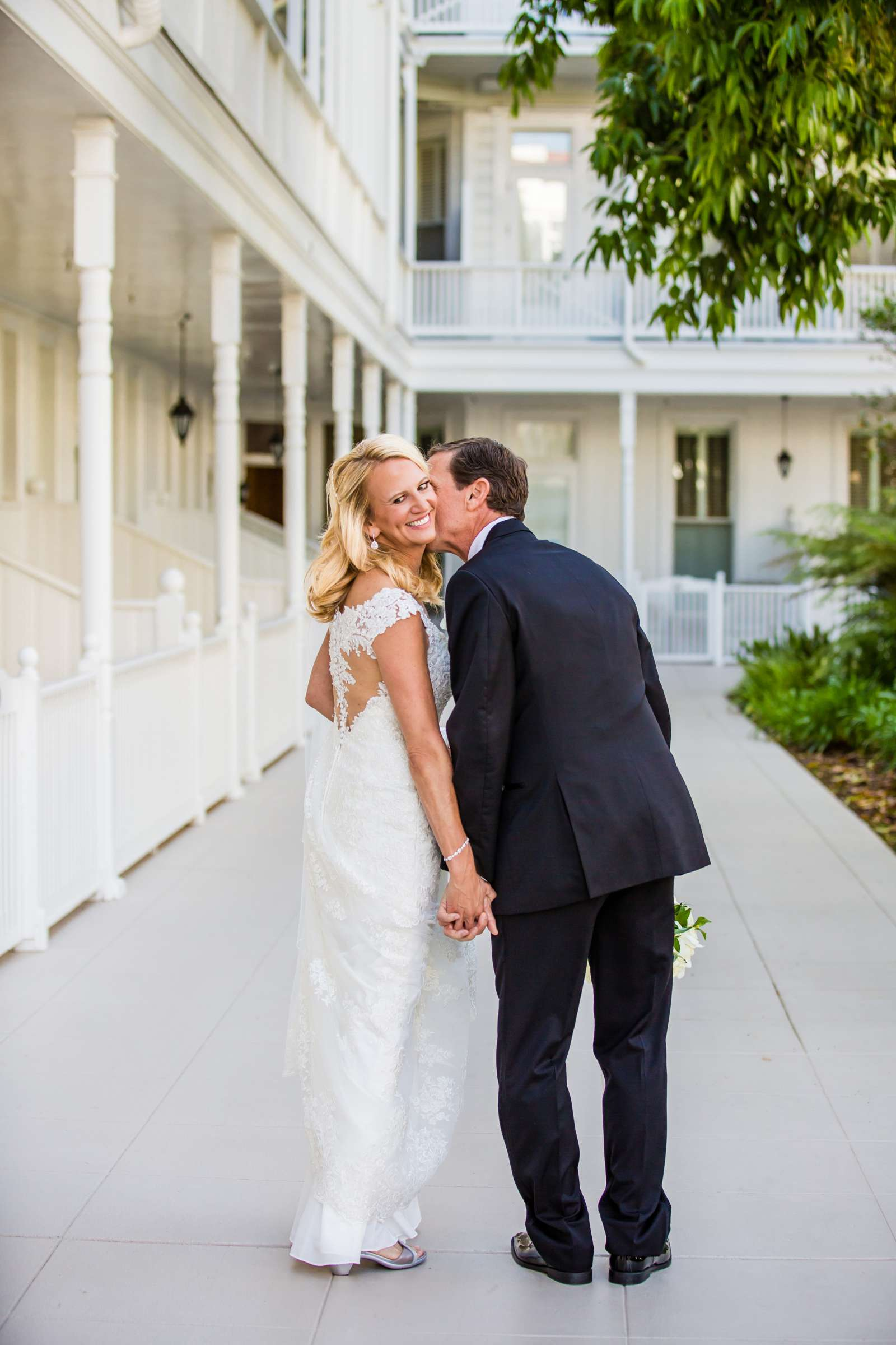 Hotel Del Coronado Wedding coordinated by Creative Affairs Inc, Diane and Paul Wedding Photo #3 by True Photography