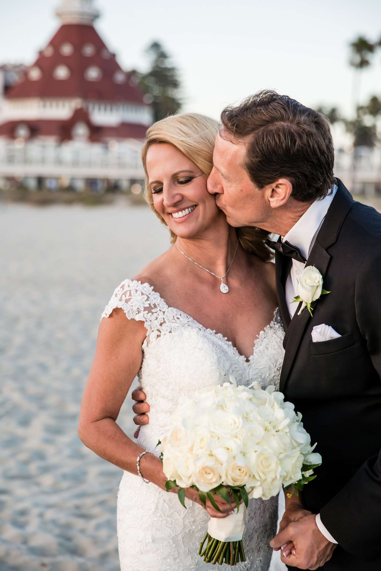 Hotel Del Coronado Wedding coordinated by Creative Affairs Inc, Diane and Paul Wedding Photo #24 by True Photography