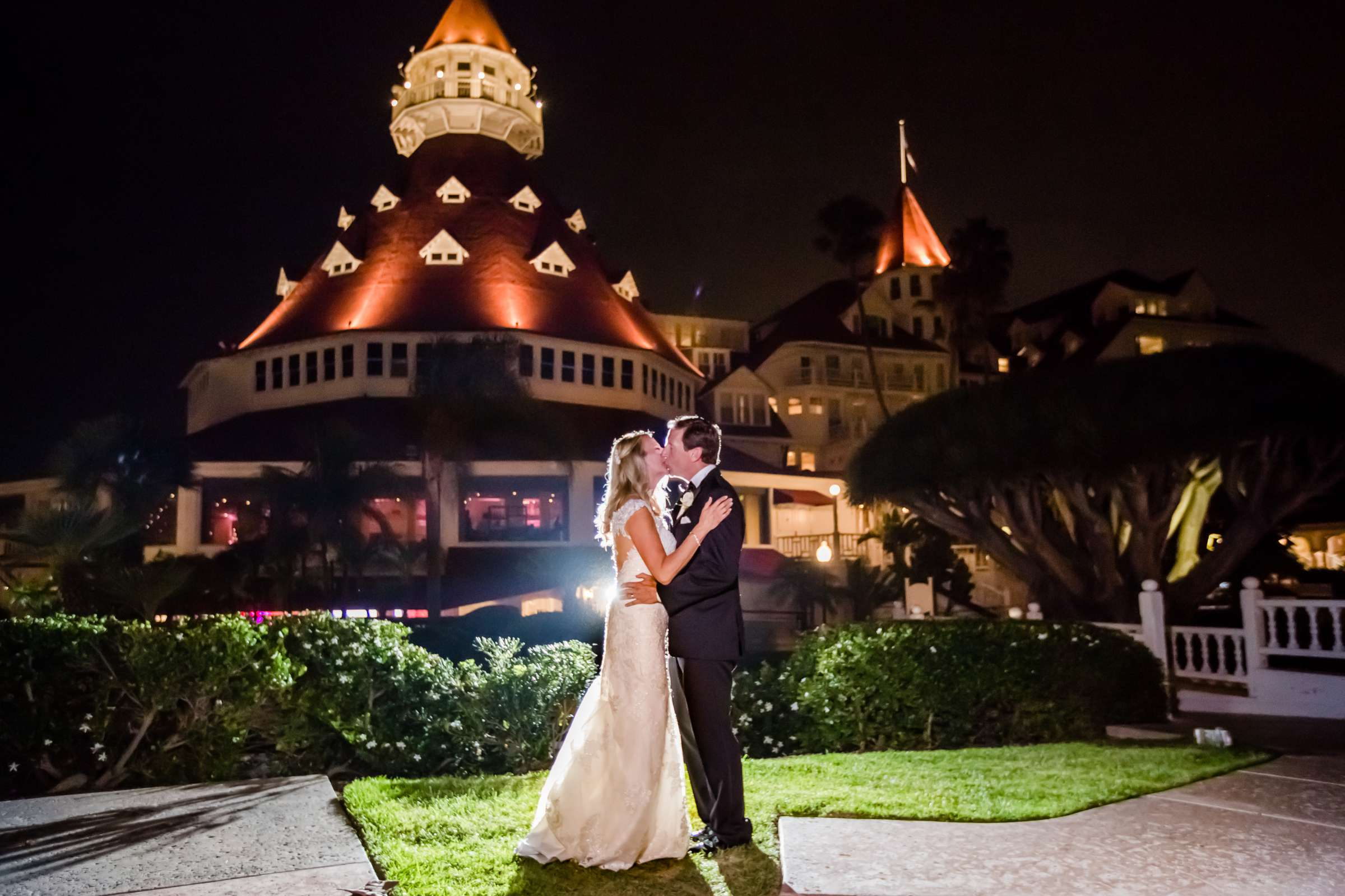Hotel Del Coronado Wedding coordinated by Creative Affairs Inc, Diane and Paul Wedding Photo #81 by True Photography
