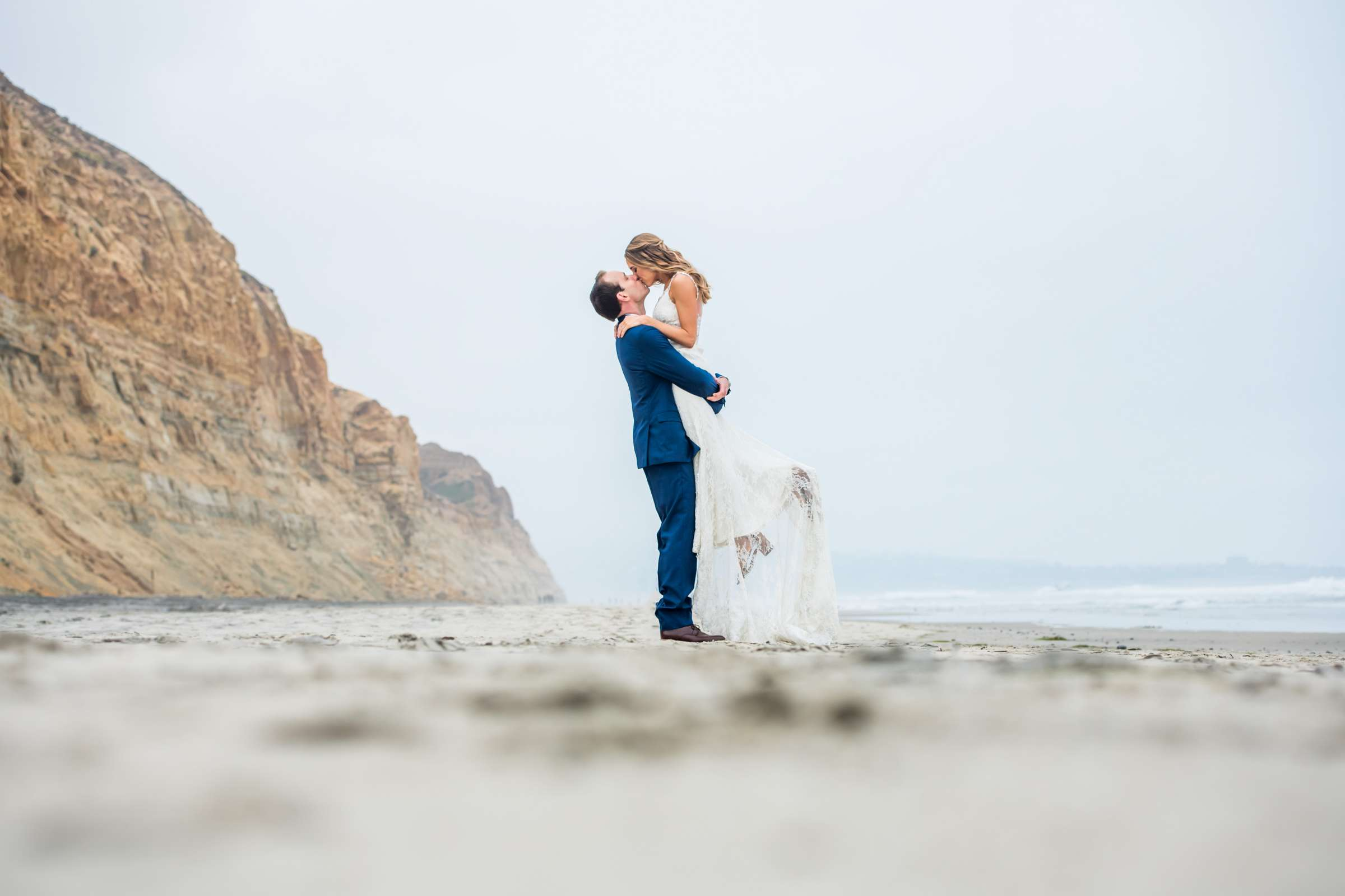 Torrey Pines State Natural Reserve Wedding, Lizzy and Justin Wedding Photo #3 by True Photography