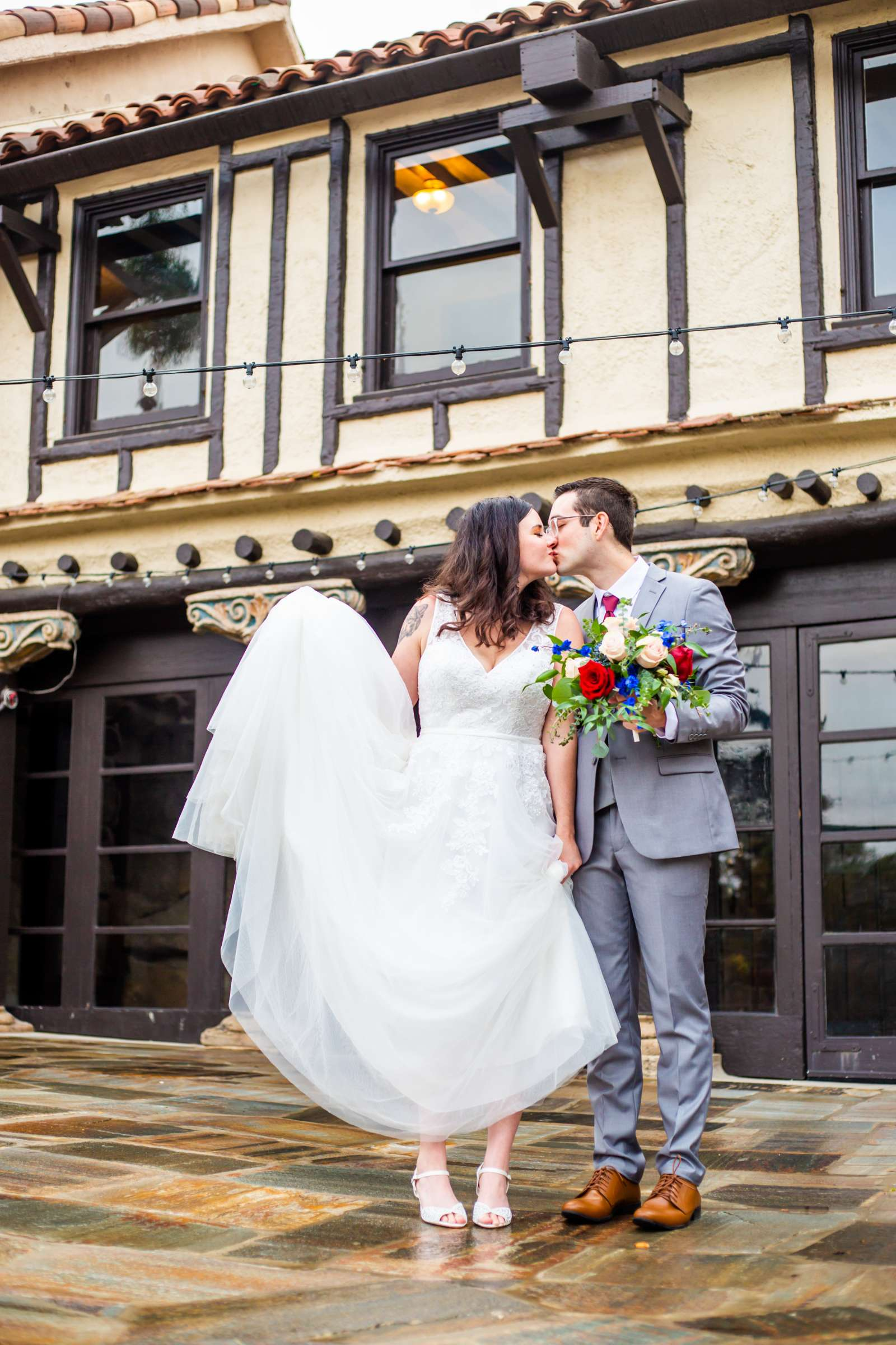 Mt Woodson Castle Wedding, Valerie and Ian Wedding Photo #16 by True Photography