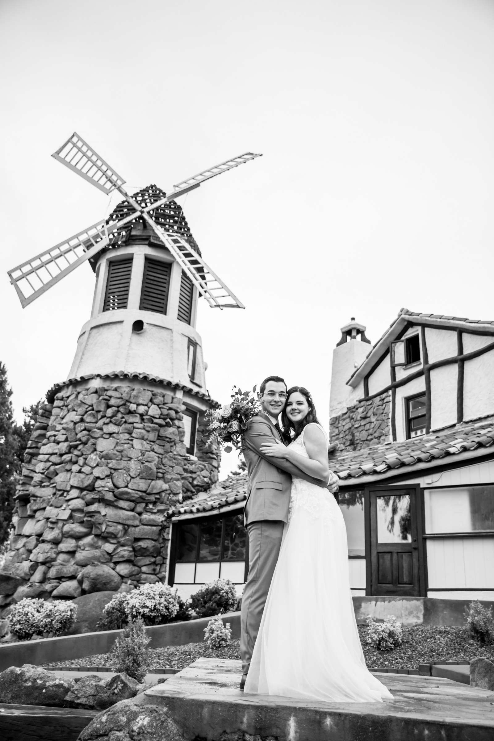 Mt Woodson Castle Wedding, Valerie and Ian Wedding Photo #34 by True Photography