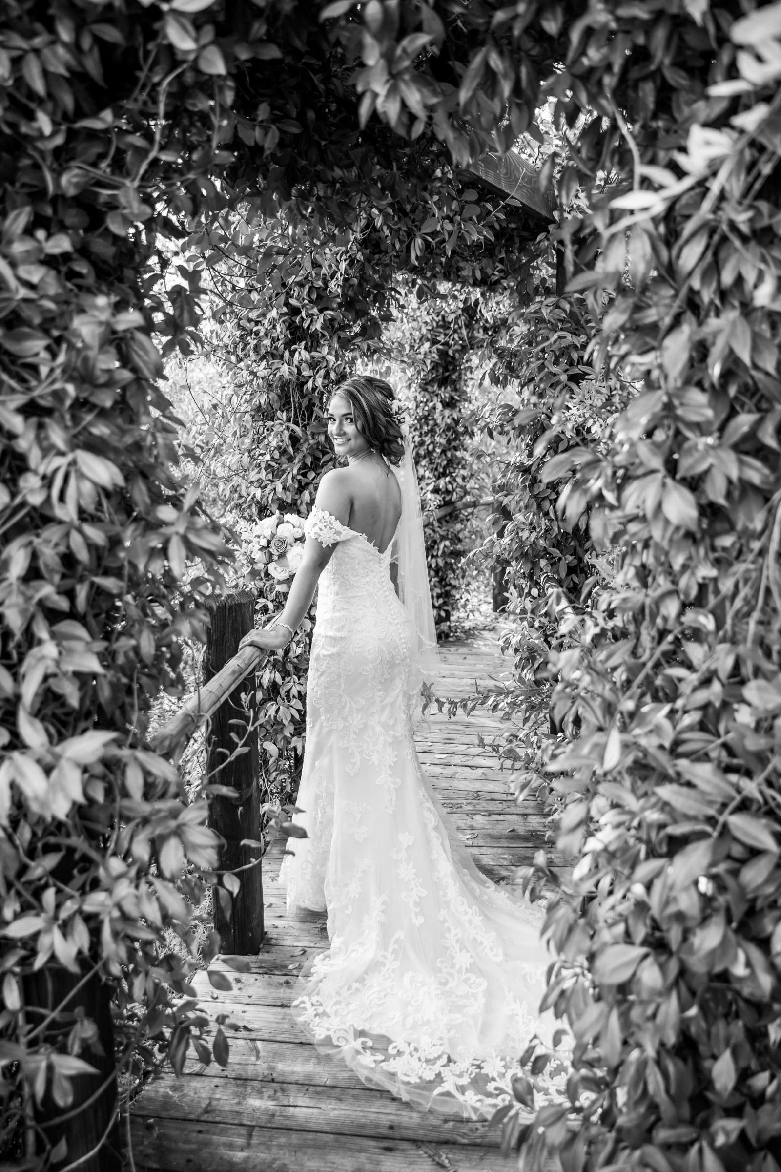Ethereal Gardens Wedding, Danielle and Ben Wedding Photo #40 by True Photography