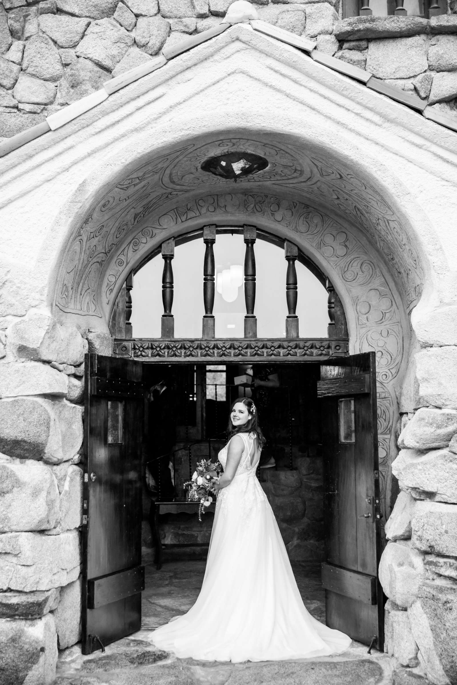 Mt Woodson Castle Wedding, Valerie and Ian Wedding Photo #7 by True Photography